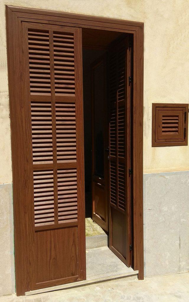 persiana 2 hojas entrada abierta